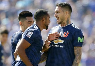 Beausejour_UdeChile_ColoColo_Superclasico_2018_PS_0